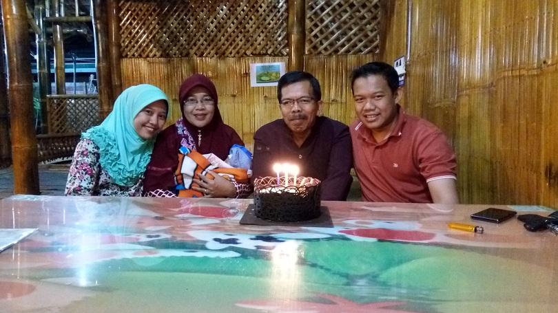 Family Forever di Ulang Tahun Ayah ke 26