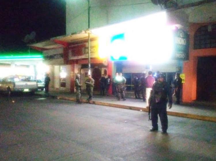 """Ataque armado a """"Teibol Bar"""" de Acapulco deja un ejecutado y un herido"""