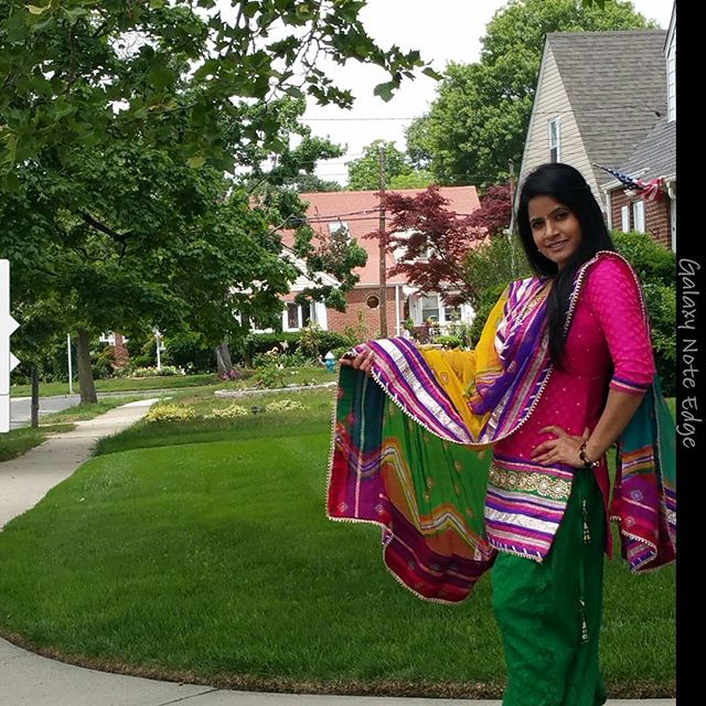 Miss Pooja New Wallpapers 2016 And Biography  Englandiya-9990