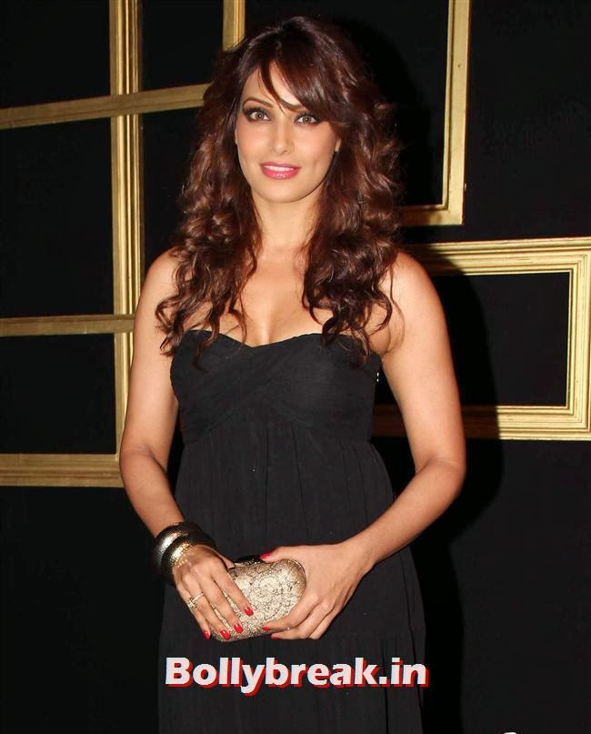 Bipasha Basu, All Bollywood Celebs at Deepika Padukone Golden Party