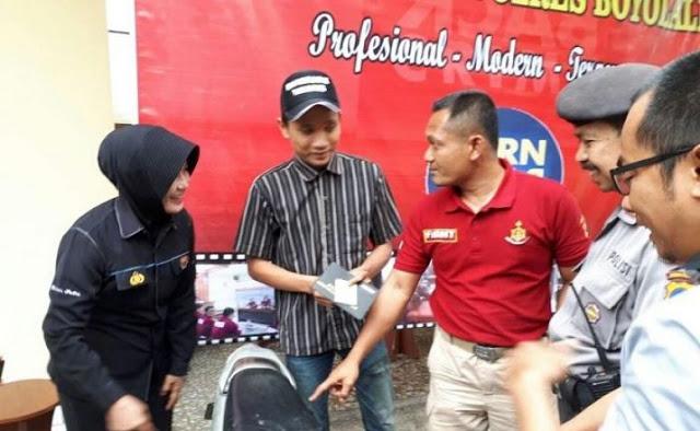 Cerita Tri Jatmiko, Makluk Halus Melekat di Punggung