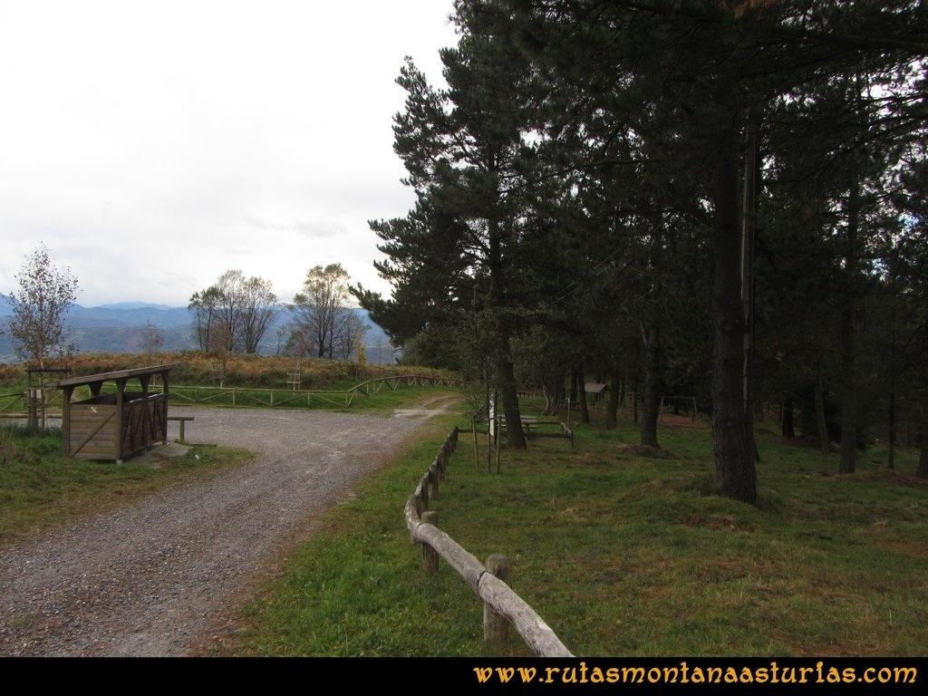 Ruta Deva, Gavio Cimero, Fario, Peña Cuatro Jueces: Area recreativa Loma de Siero