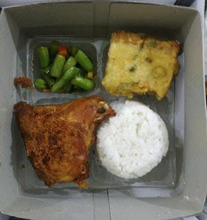 pesan catering nasi kotak di yogyakarta, harga dan menu nasi box di yogyakarta, nasi kotak murah dan enak di yogyakarta, nasi kuning box jogja