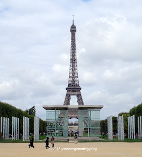 Mur de la Paix monument with the Eiffel Tower in background