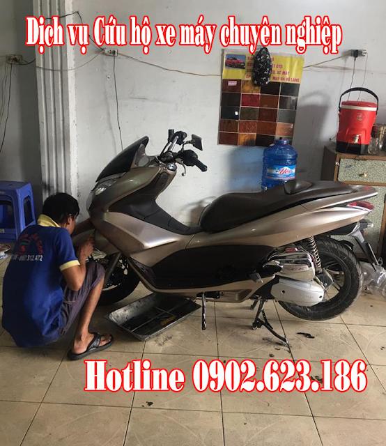 Cứu hộ sửa chữa xe máy Honda PCX tận nơi tại TpHCM