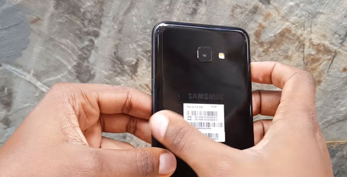 مواصفات و سعر Samsung Galaxy J4 Core - مراجعة سامسونج جالكسي جي 4 بالصور