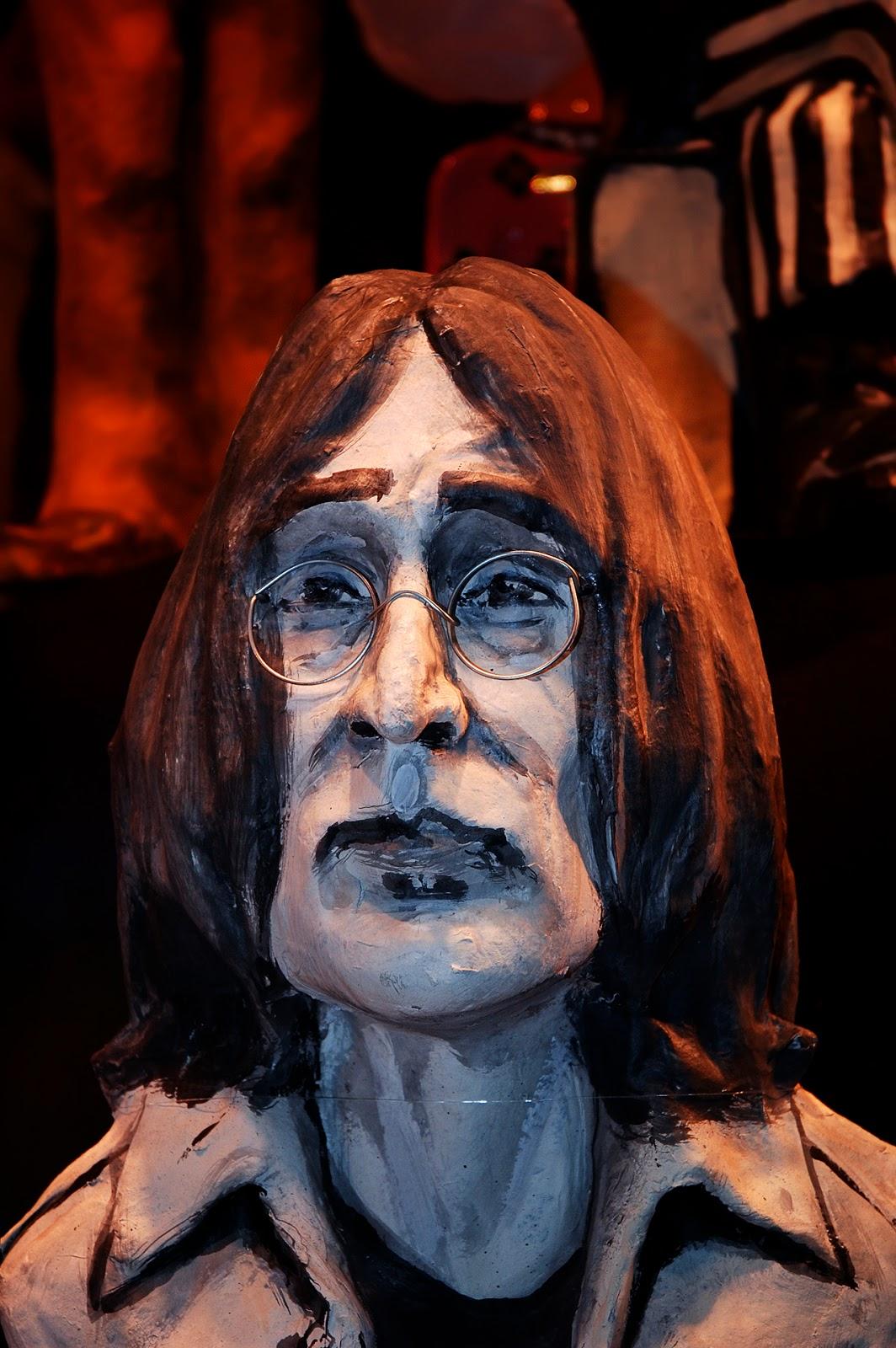 John Lennon in Papier Mache, Barcelona
