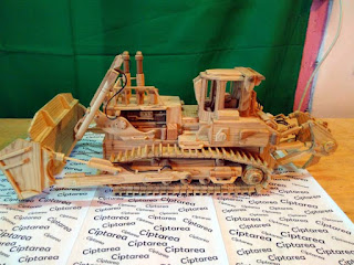 Wooden Miniature Komatsu D575A Crawler Dozer