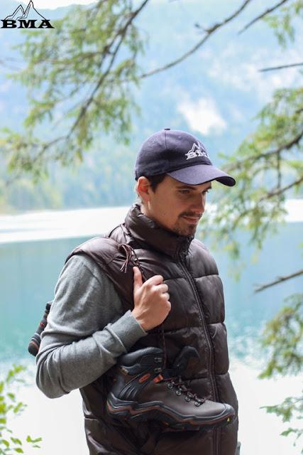 wandern am Fusse der Zugspitze mit KEEN Test Liberty Ridge Packliste Best Mountain Artists outdoor Blog