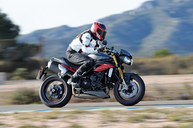Triumph Speed Triple Tail look