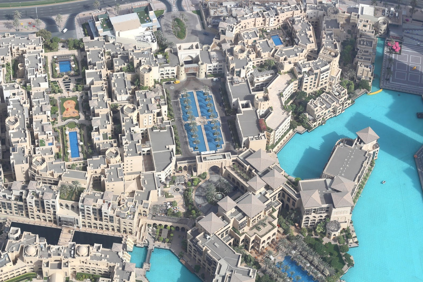 view from the top burj khalifa dubai