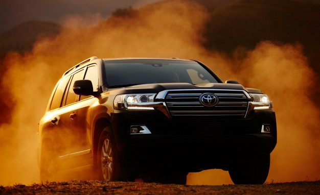 Cruising for an Upgrade: Toyota Updates Land Cruiser for 2016