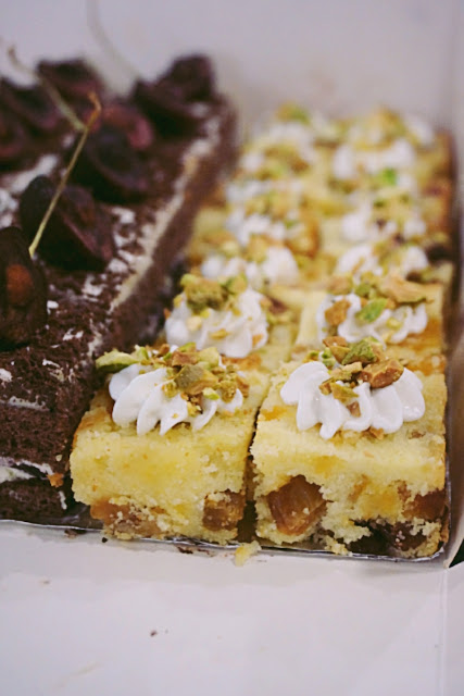 Kitchen Corner Fruit Pound Cake
