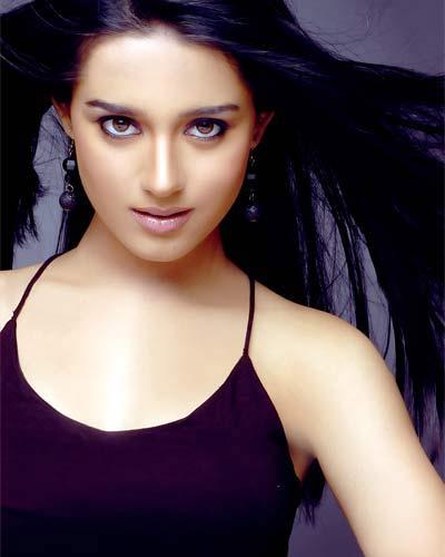 Amrita Rao Hot Scene