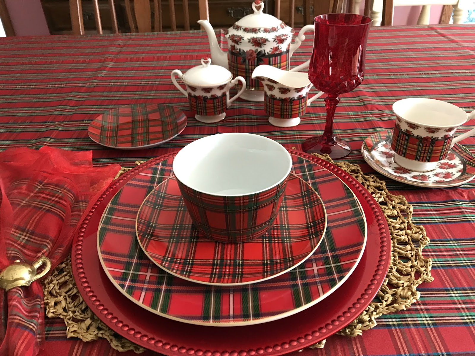Tartan Tableware \u0026 Fitz And Floyd Bristol Indigo Tartan Dinnerware . & Sophisticated Tartan Christmas Tableware Ideas - Best Image Engine ...
