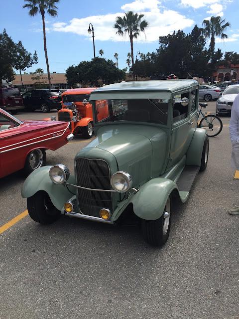 Ford Sedan 1932 tôle chancelé