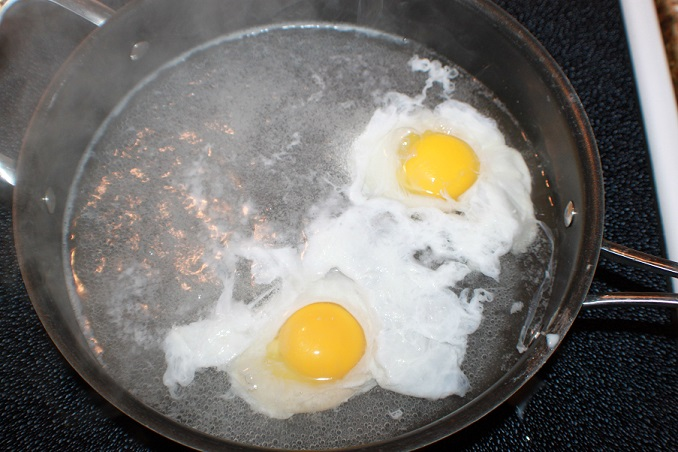 this is how to make poached eggs in just boiling water