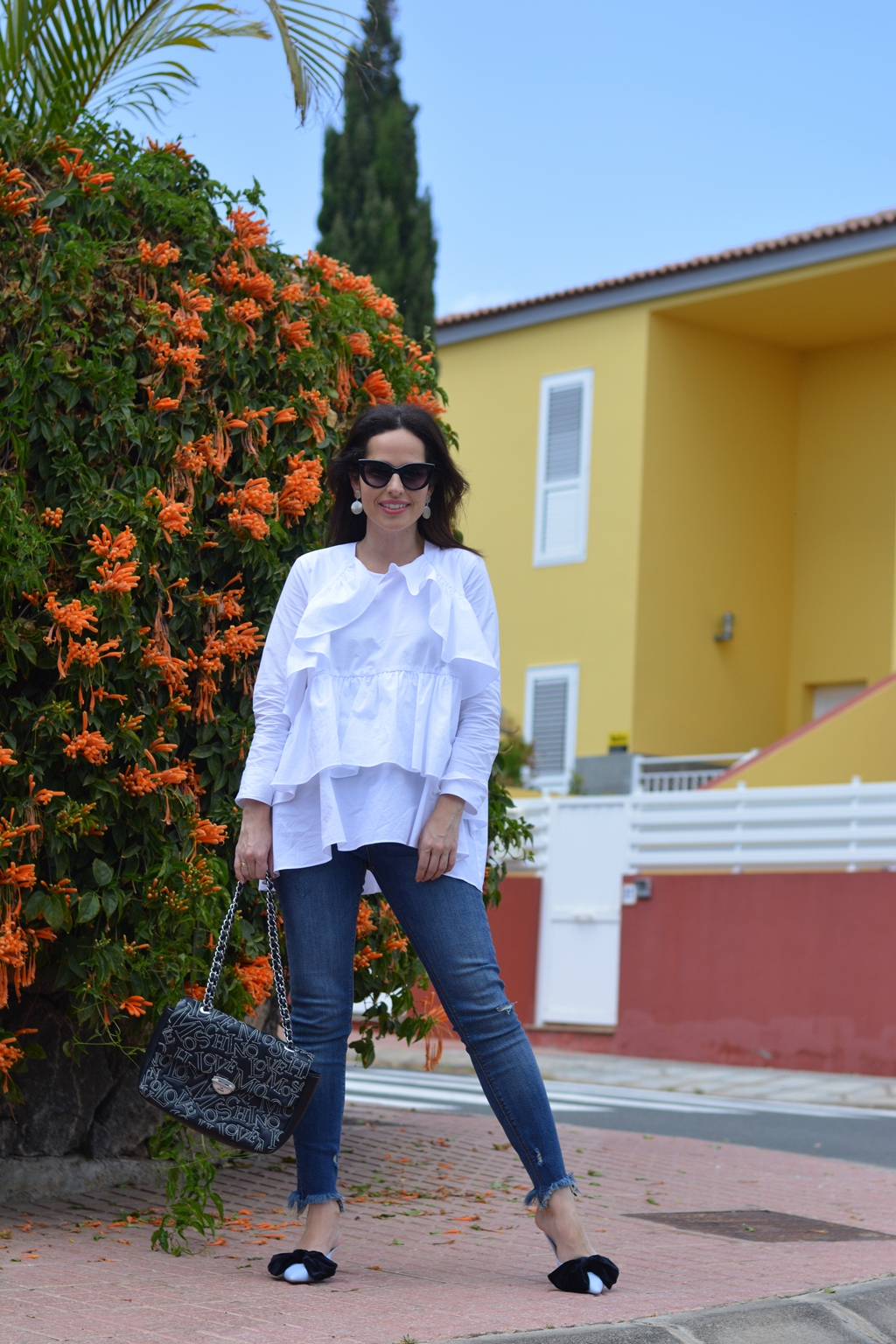 zara-frilled-shirt-jeans-outfit