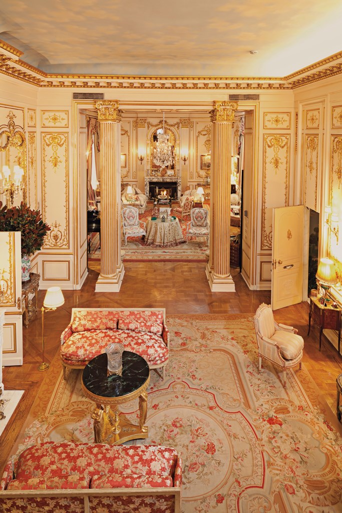 the peak of chic the private collection of joan rivers. Black Bedroom Furniture Sets. Home Design Ideas