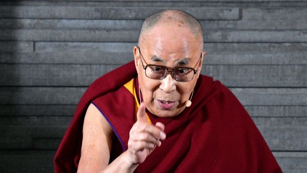 Dalai Lama reconoce haber sabido de abusos de maestros budistas