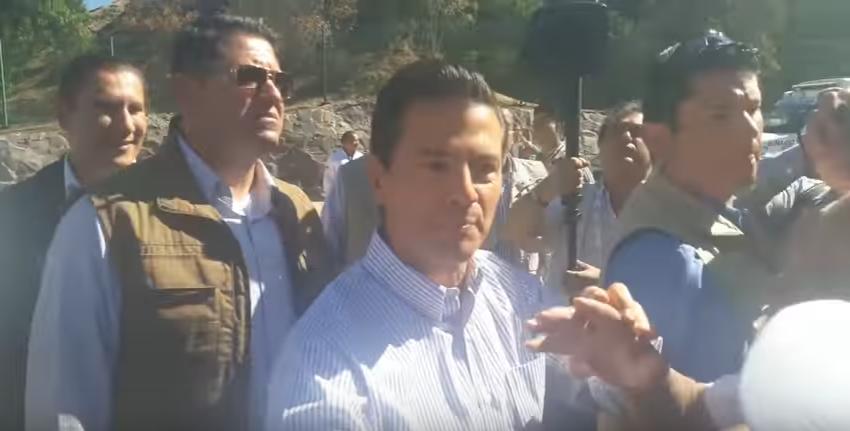 Video valiente le mienta la madre a Peña Nieto por el aumento a la Gasolina
