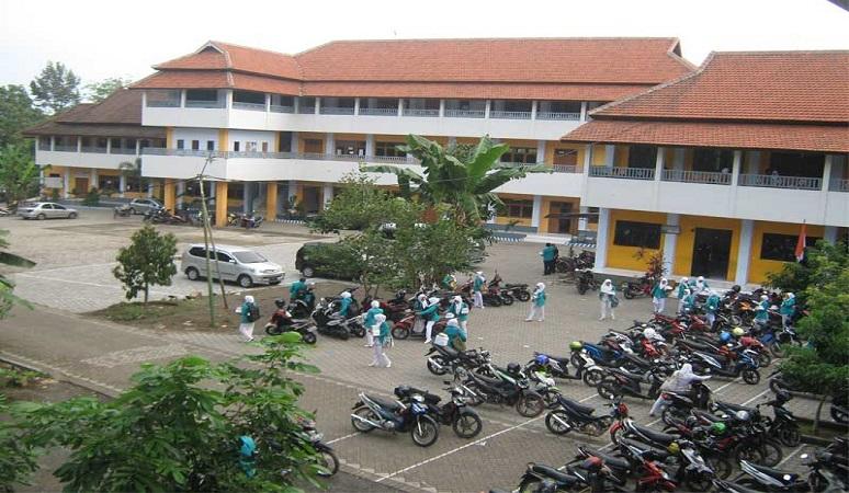 PENERIMAAN MAHASISWA BARU (UBI) 2018-2019 UNIVERSITAS BAKTI INDONESIA