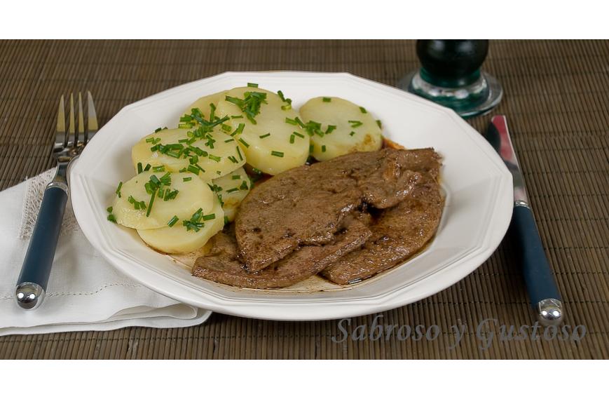 Filetes de higado de ternera a la plancha sabroso y gustoso for Cocinar higado de ternera