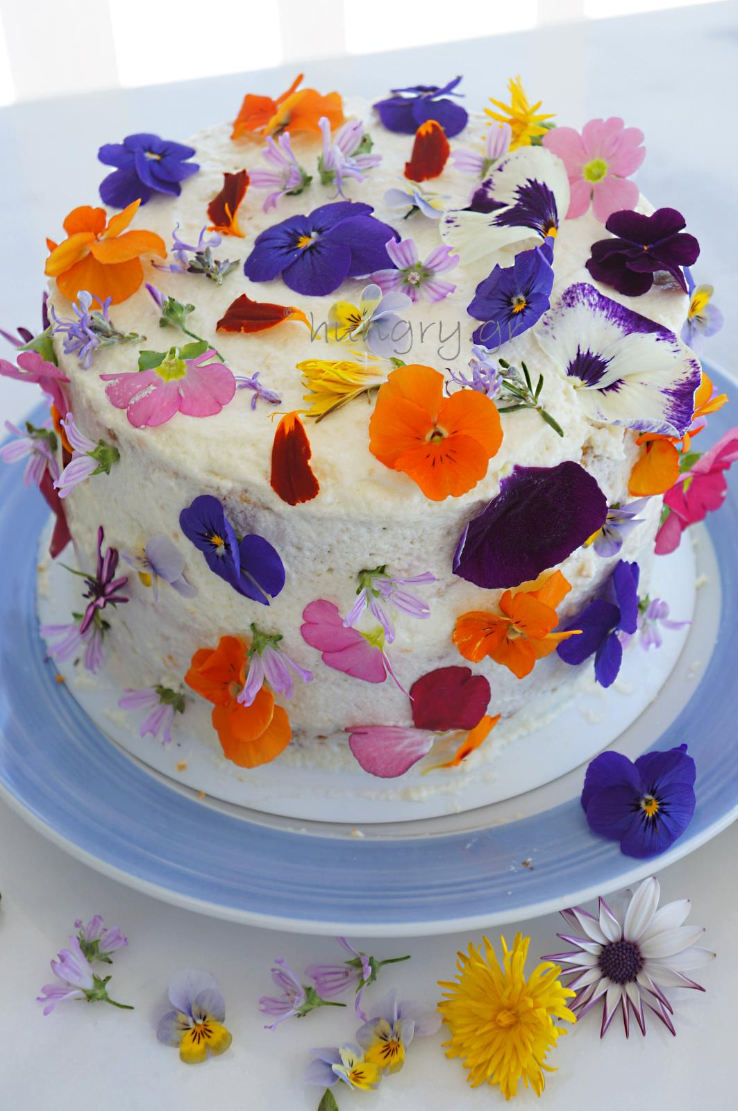 Kitchen Stories Spring Flower Birthday Cake