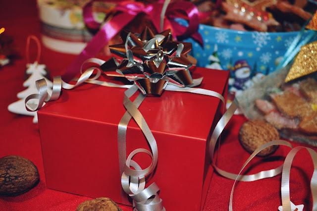 10 pomysłów na świąteczne prezenty