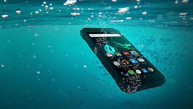 5 Smartphone Anti Air Dan Tahan Banting Terbaik