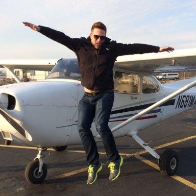 Aaron Ludomirski celebrates his first Solo Flight in a Cessna 172 Skyhawk