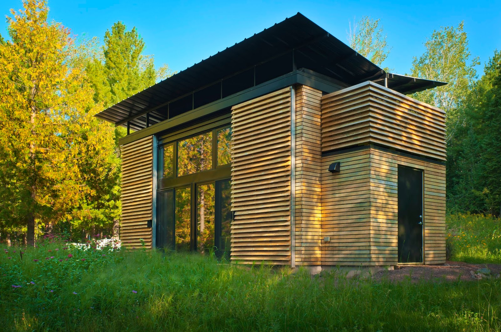 TINY HOUSE TOWN: The E.D.G.E. Prefab Tiny Home