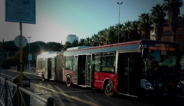 Gli autobus alla Fiera di Roma (e non sulle strade...)
