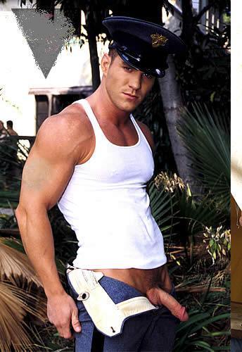 Uniformados Desnudos Gay 22