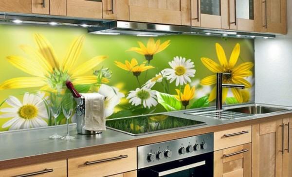 Hướng dẫn cách chọn lựa loại kính màu ốp bếp tốt nhất KINH-MAU-OP-BEP-GIA-BAO-NHIEU