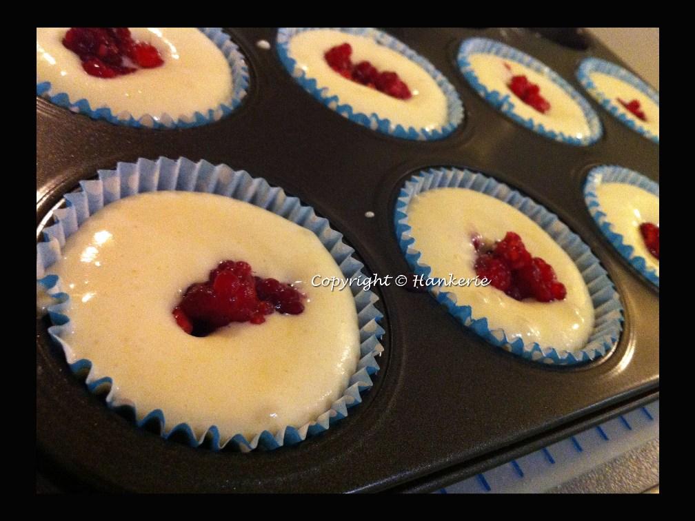 Japanese Hokkaido Cake Recipe: Raspberries Hokkaido Cupcakes