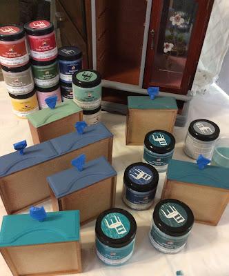 how to paint drawers, chalk paint Plaid, Stefanie Girard