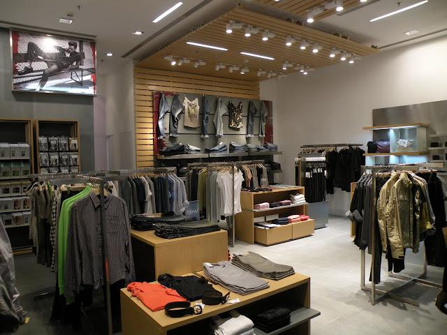 Como são as lojas Calvin Klein em Miami?