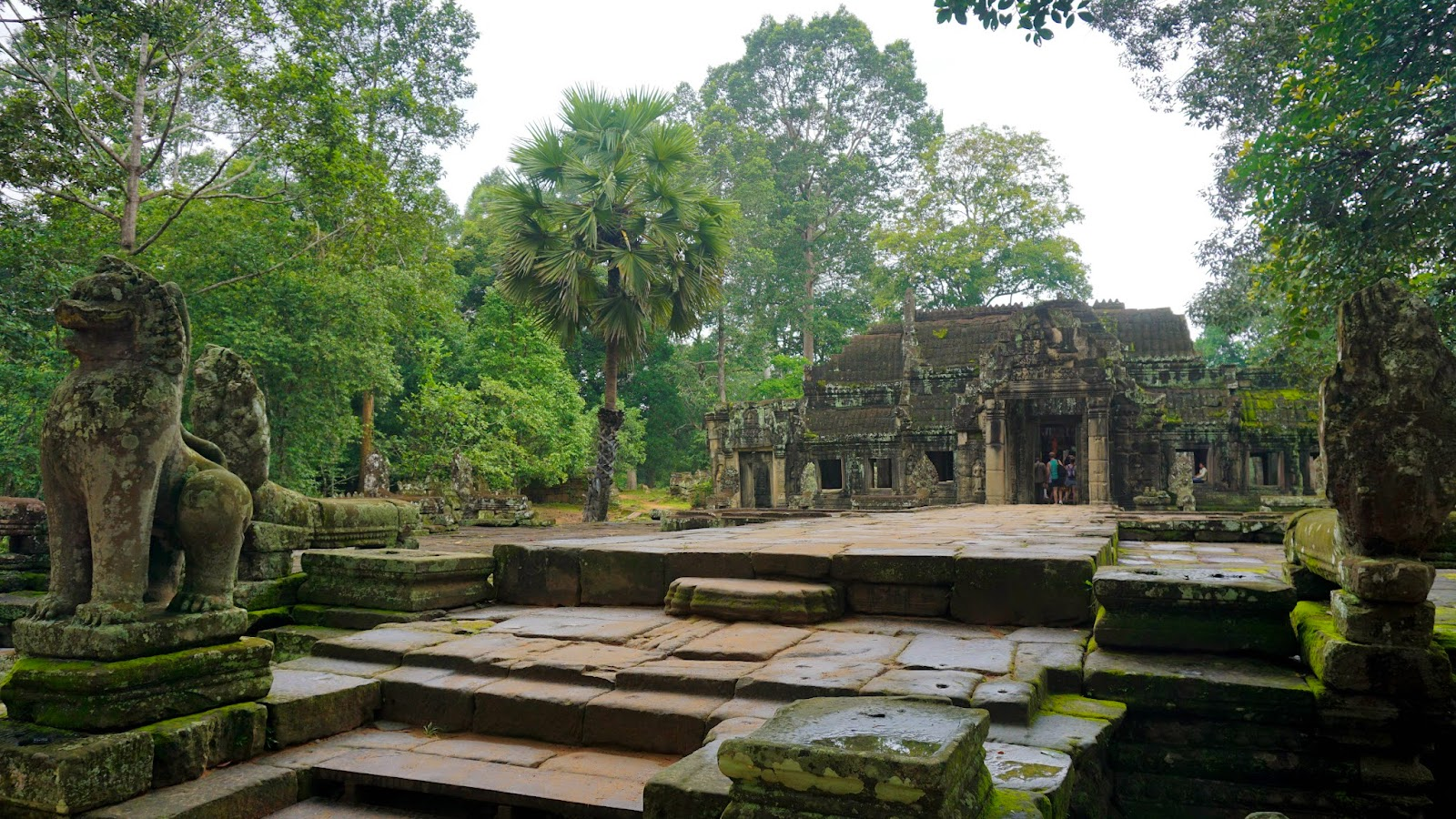 Banteay Kdei, located opposite Srah Srang, is another hidden gem worth visiting