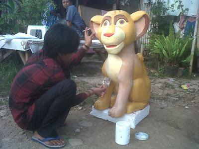 Sculpture / patung karakter dari busa gabus styrofoam