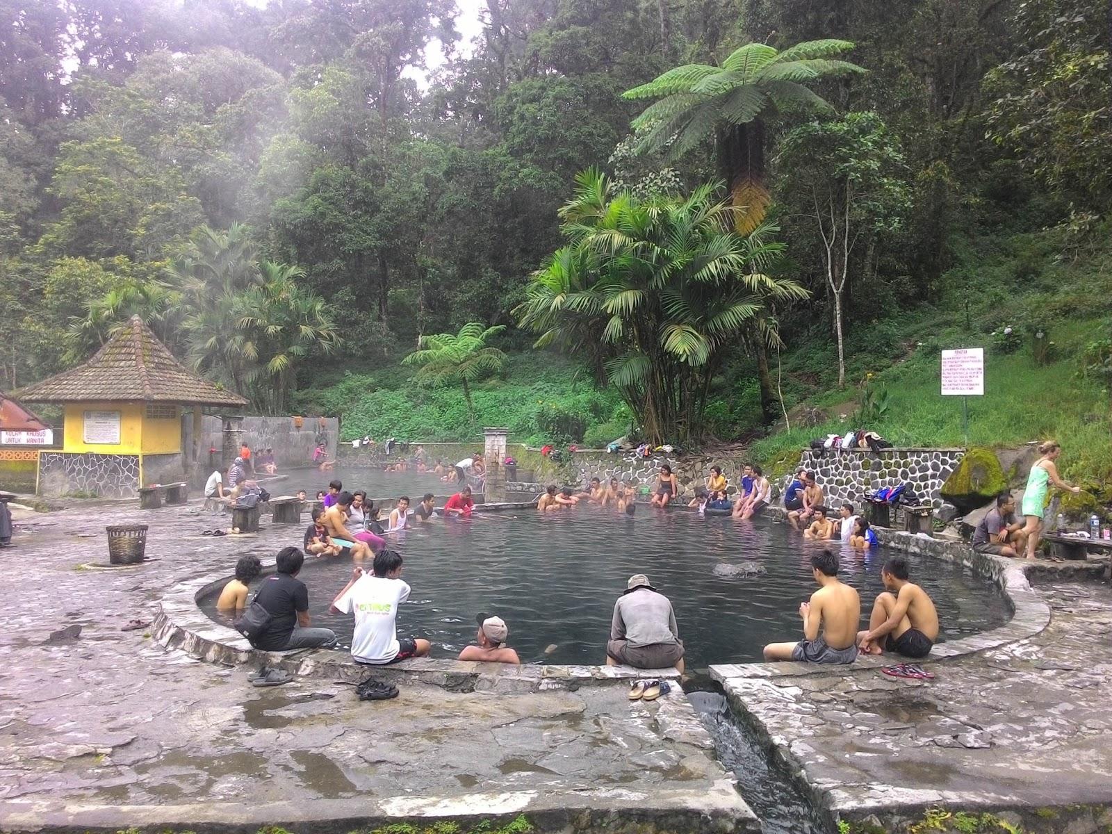 10 Pemandian Air Panas yang Berkhasiat di Jawa ~ Asli Indonesia