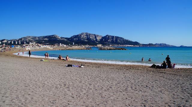 Verão na praia do Prado em Marselha
