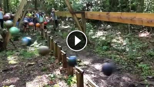Pendulum Wave Made From Bowling Balls