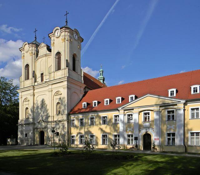 Klasztor i kościół w Obrze