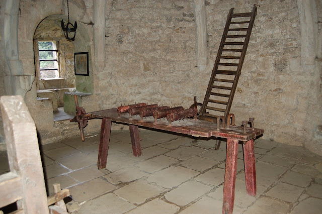 Instrumentos de tortura inquisição
