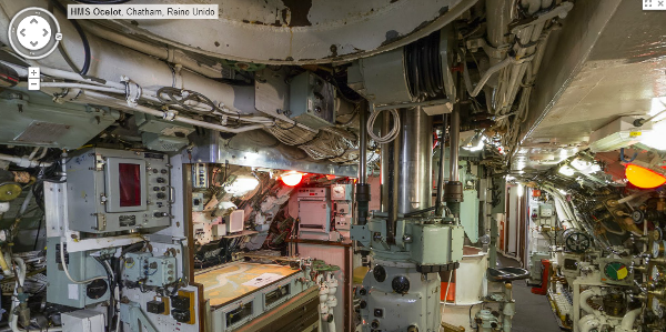 Vea c mo es un submarino por dentro desde street view for Interior submarino