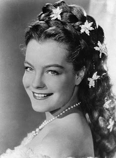 De Unknown (Mondadori Publisher) - http://www.gettyimages.co.uk/detail/news-photo/german-born-french-actress-romy-schneider-smiling-as-news-photo/471326982, Dominio público, https://commons.wikimedia.org/w/index.php?curid=41912960