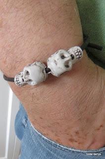 LoveLea's 2 skull sliding knot bracelet