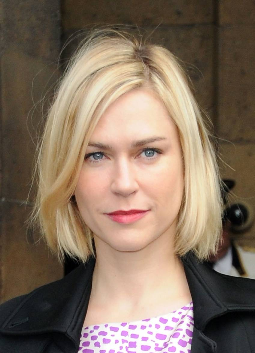 short blonde straight bob hairstyles for prom 2011 trends hairstyles. Black Bedroom Furniture Sets. Home Design Ideas