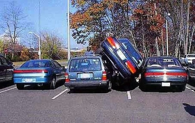 I Can T Park Between Two Cars